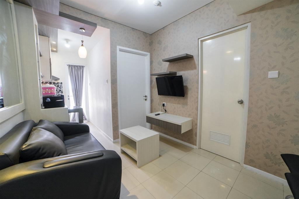 Enjoy Bandung with Apartment at Parahyangan Residence, Bandung