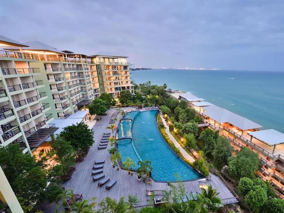 Royal Phala Cliff Beach Resort and Spa, Ban Chang