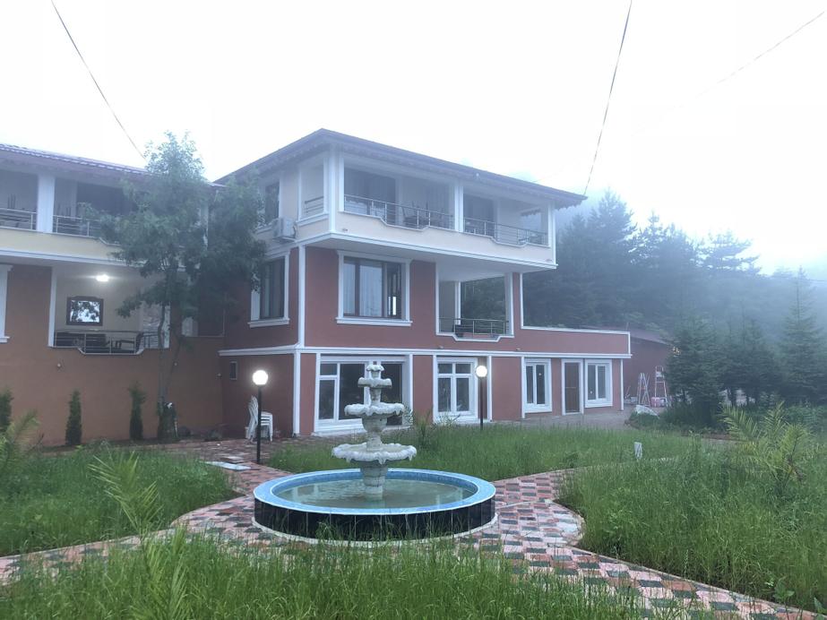 Zarha Mountain Resort, Sürmene