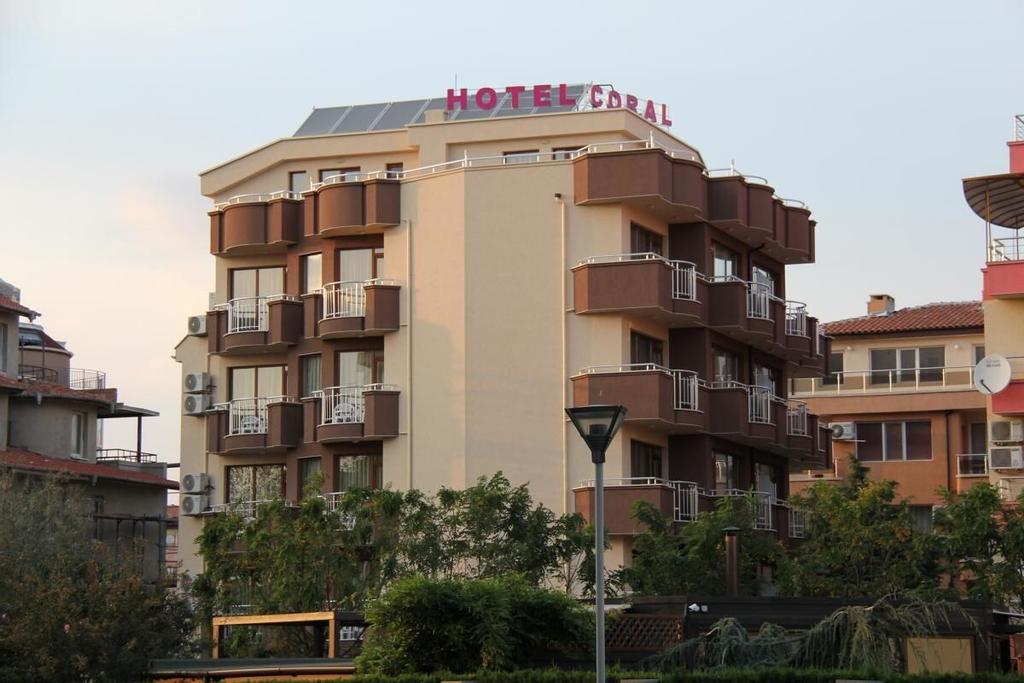 Family Hotel Coral, Pomorie