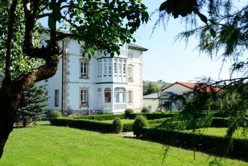 Hotel Rural El Solar del Mazo, Cantabria