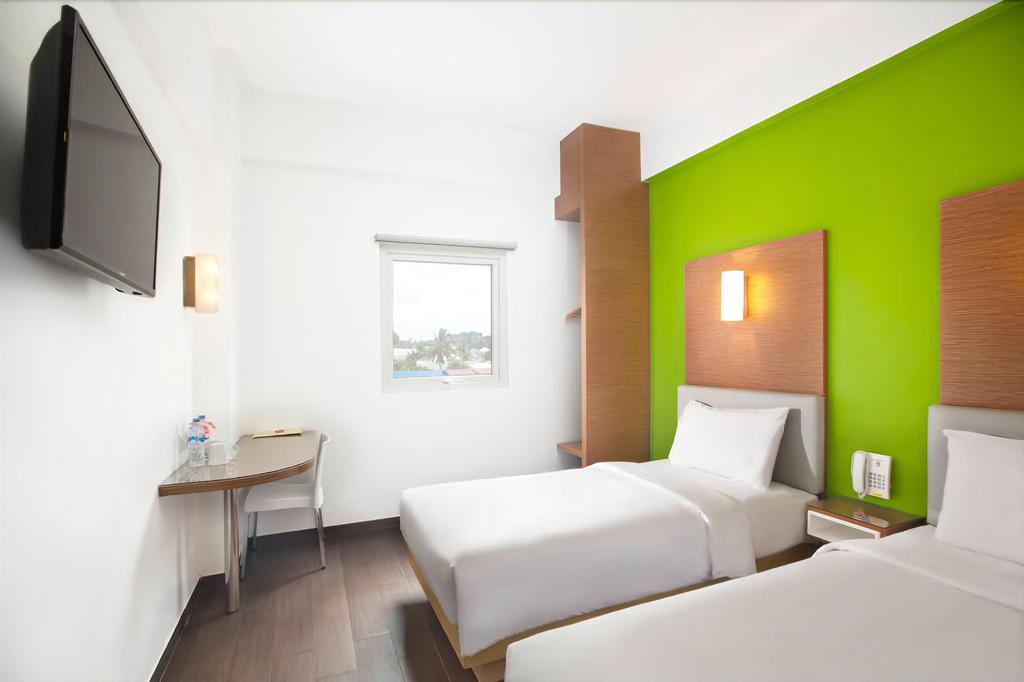Amaris Hotel Hertasning Makassar, Makassar