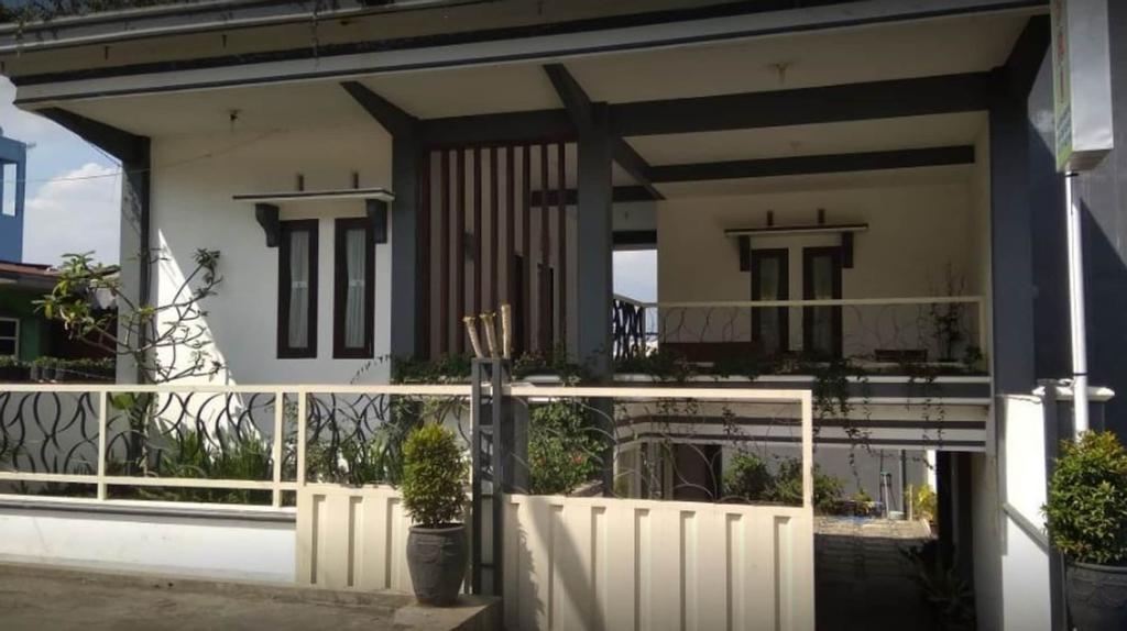 Villa Asri, Malang
