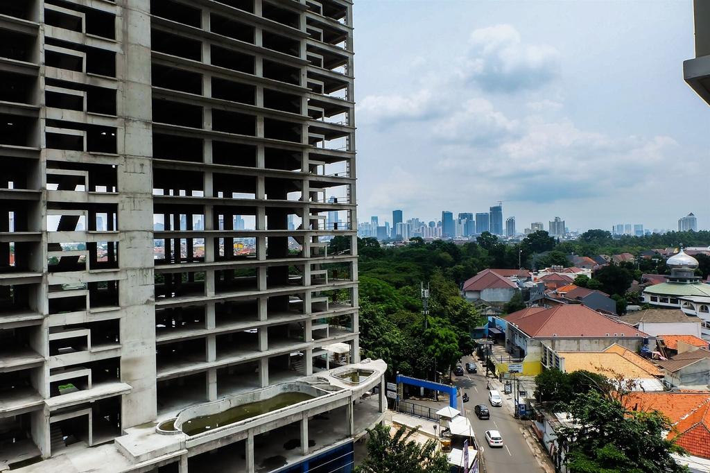 Studio Room Signature Park Apartment, Jakarta Selatan