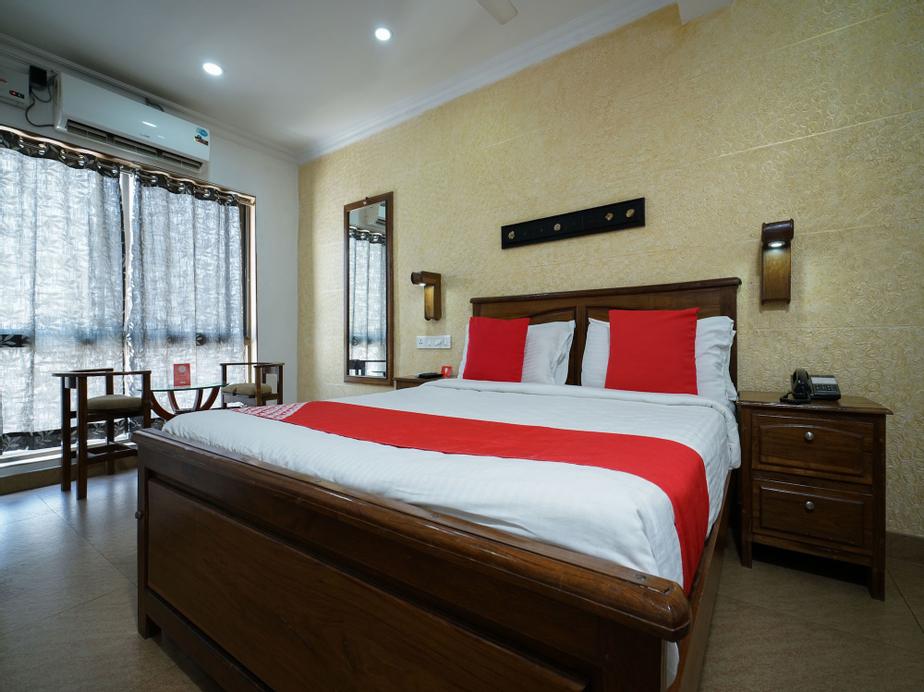 OYO 15155 Hotel Mart View, Ernakulam