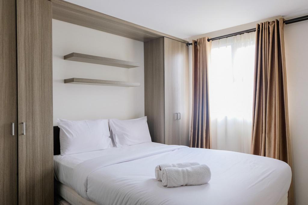 Comfy and Tranquil Studio Room Bintaro Icon Apartment, Tangerang Selatan