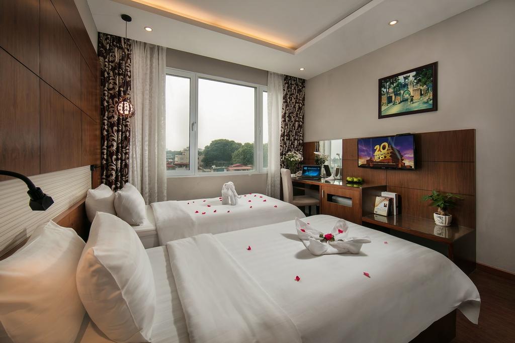 Bonne Nuit Hotel, Hoàn Kiếm