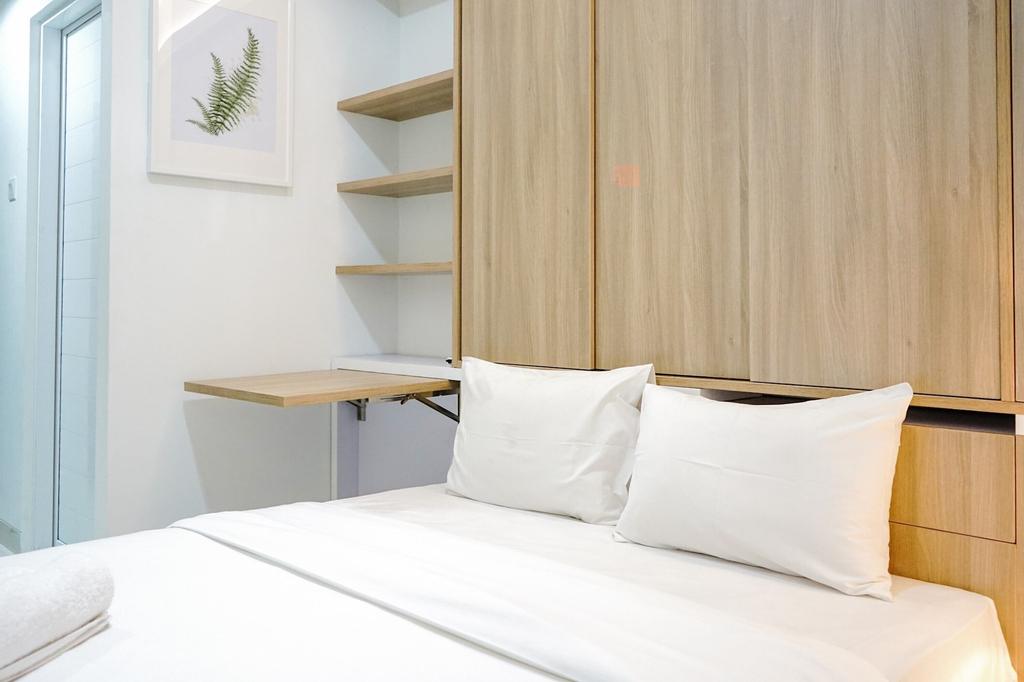 Comfortable and Beautiful Studio Apartment @ Springwood Residence, Tangerang