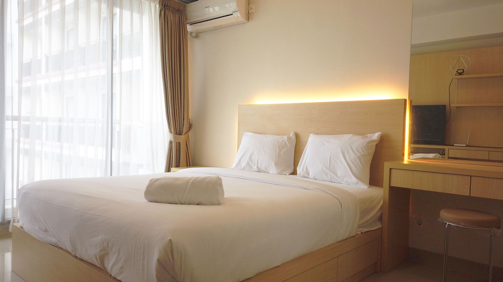 Strategic Studio Apartment at Beverly Dago with Mountain View, Bandung