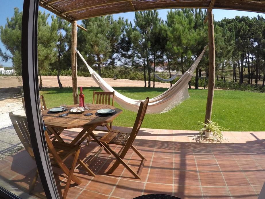 Studio in Serra do Bouro, With Pool Access, Enclosed Garden and Wifi -, Caldas da Rainha