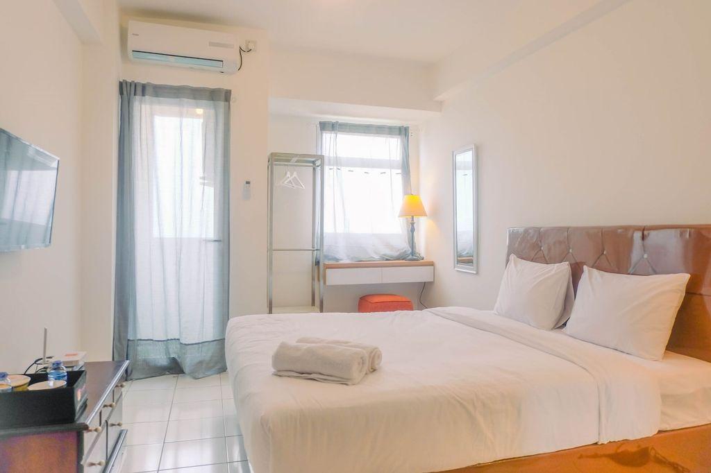 Best Price Studio Apartment at Gunung Putri Square, Bogor