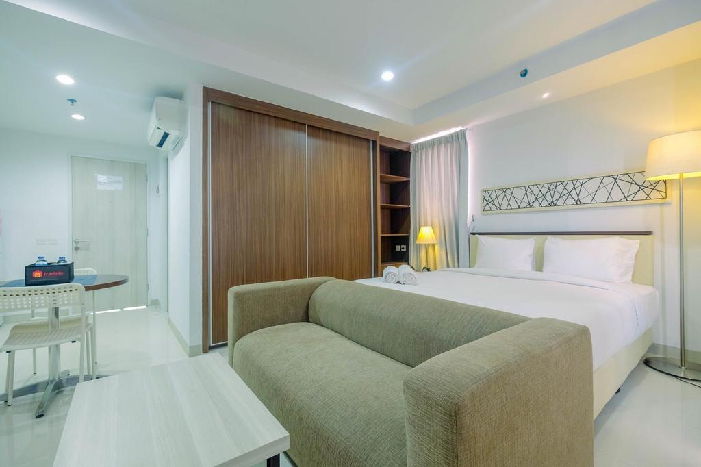 Trendy and Spacious Studio Azalea Suites Apartment, Cikarang