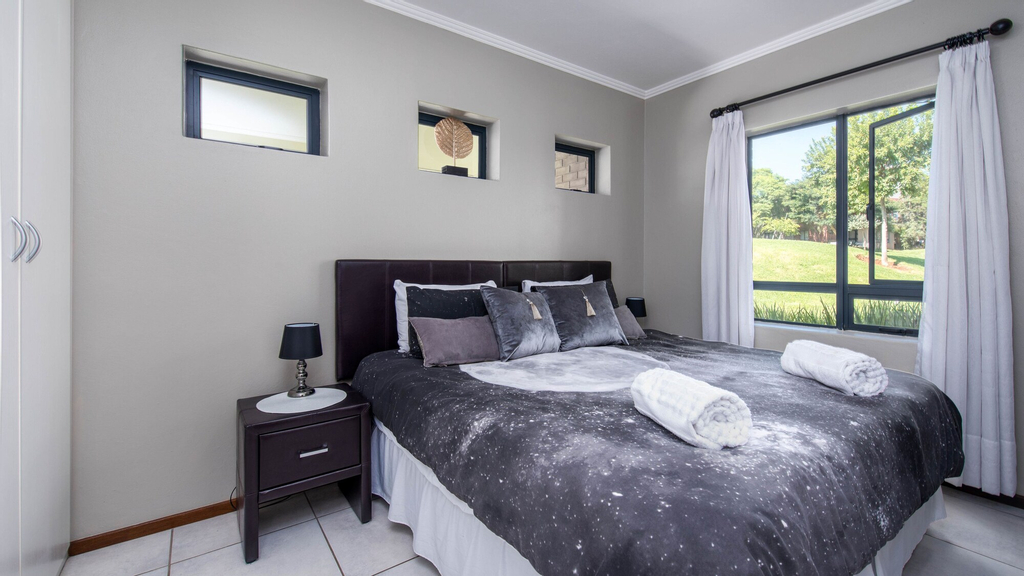 Jackal Creek Self-Catering Apartments, City of Johannesburg