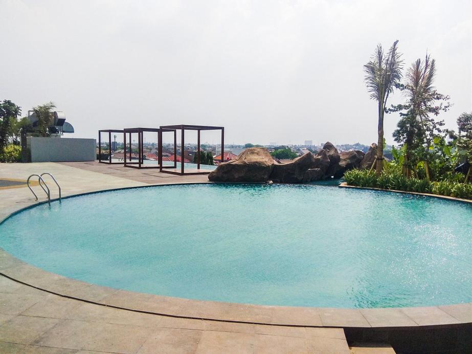 Marvelous 2BR Grand Kamala Lagoon Apartment, Bekasi