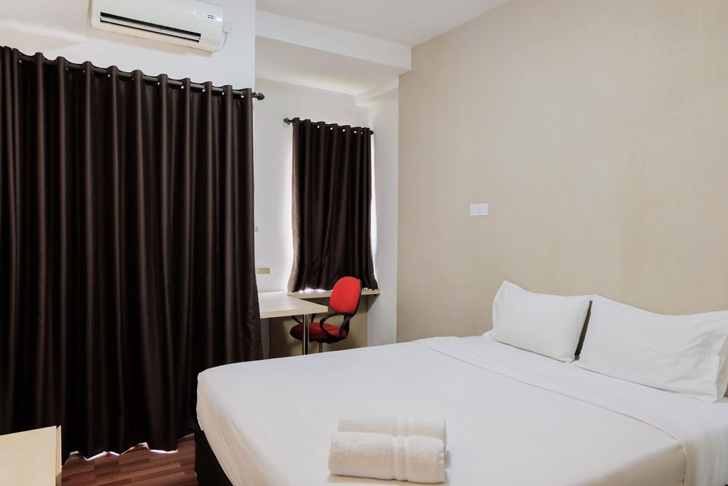 Best Price Studio Apartment at Tamansari Skylounge, Tangerang