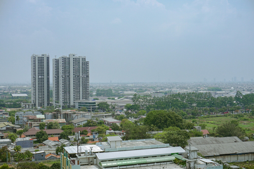 2Bedroom Sky Terrace Apartment with Pool View, Jakarta Barat