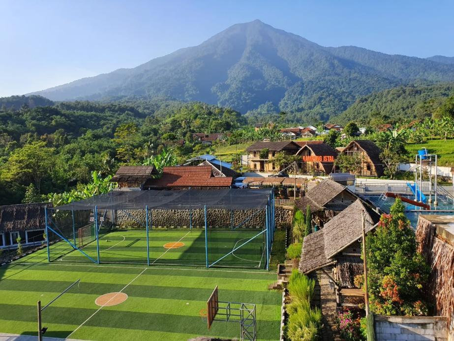 Kampung Istal, Bogor