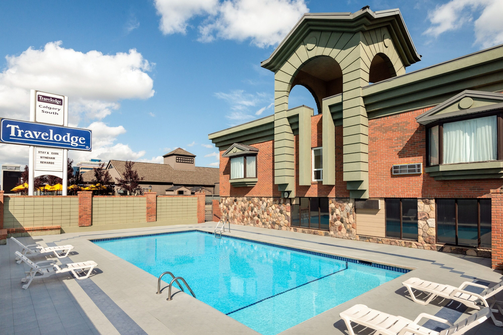 Travelodge by Wyndham Calgary South, Division No. 6