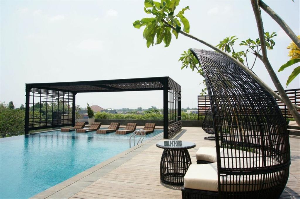 Spacious Luxury Studio Room The Accent Apartment near Lotte Avenue Bin, Tangerang Selatan