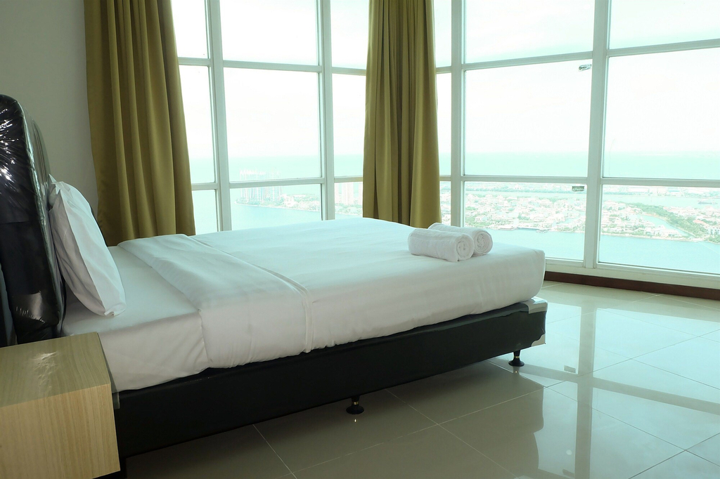 Baywalk Condominium Pluit With Ocean View, North Jakarta