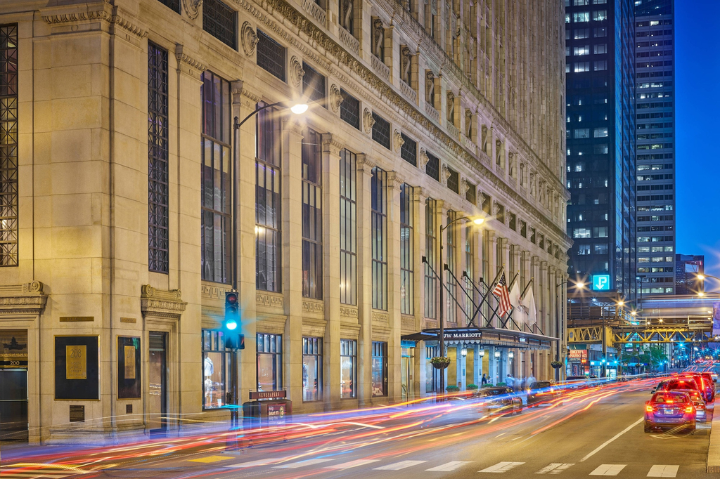 JW Marriott Chicago, Cook