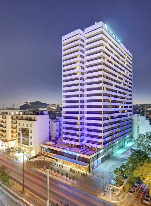 President Hotel, Attica