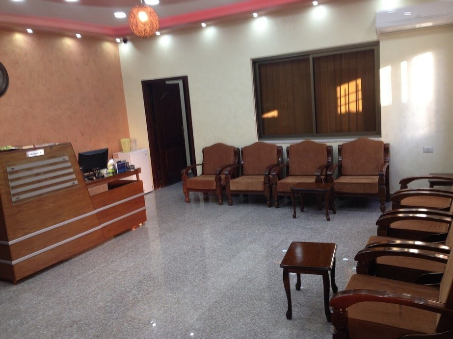 Ikhwa studio apartments -Female guests only-, Salt