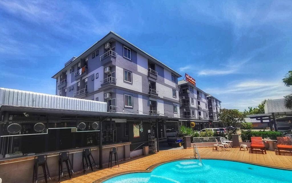 Great Residence Hotel, Bang Plee