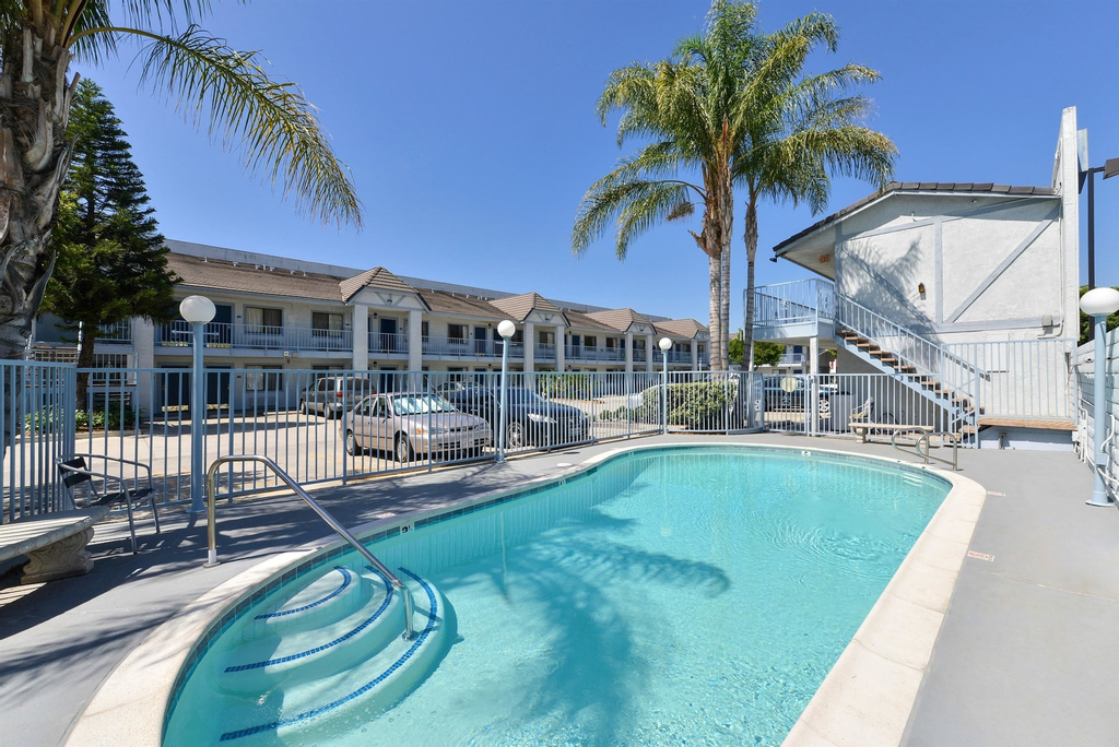 Americas Best Value Inn & Suites - Ontario Airport, San Bernardino