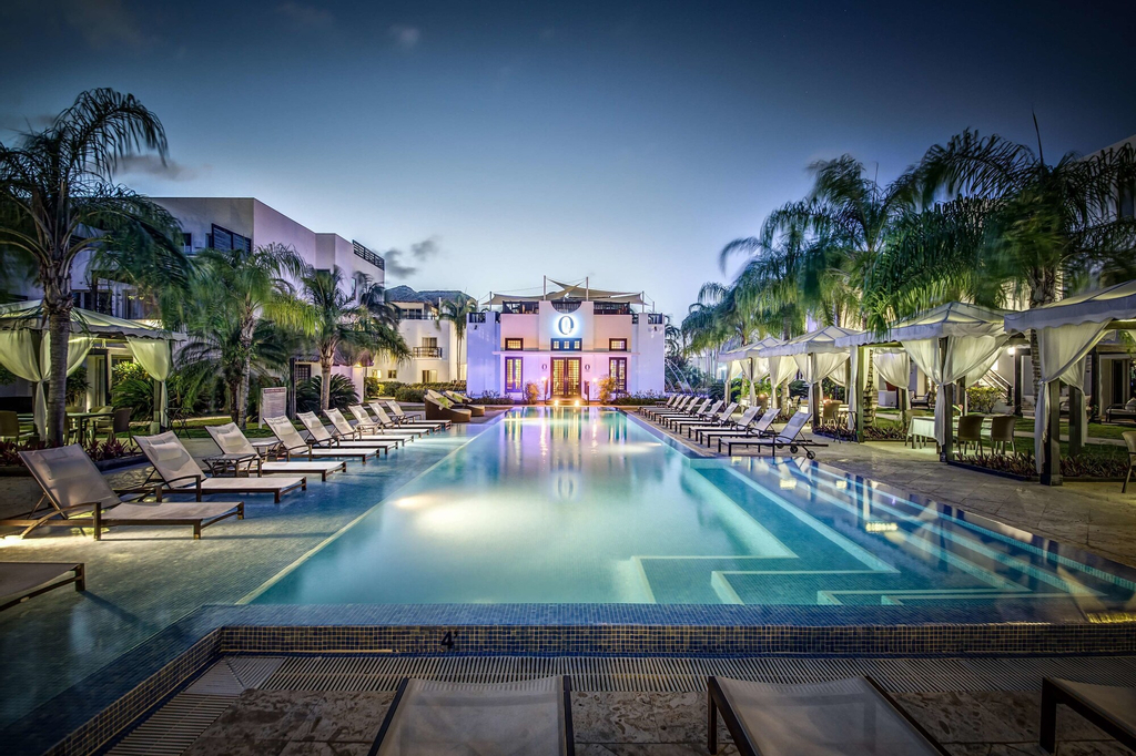 Las Terrazas Resort and Residences,
