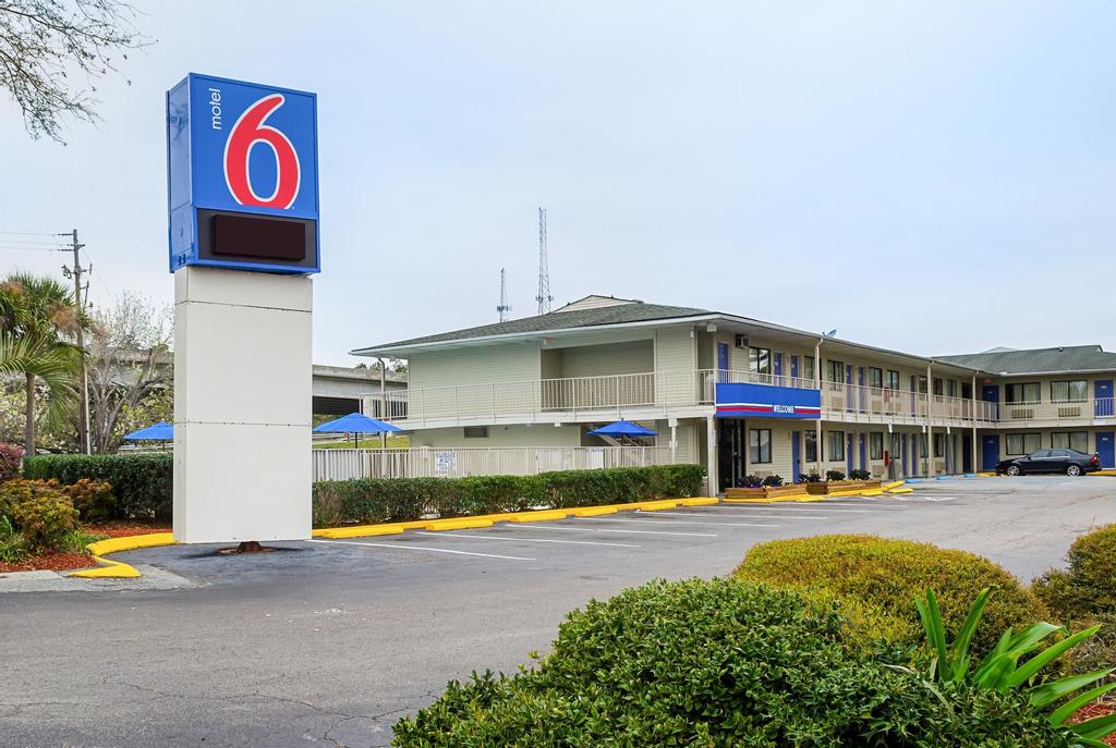 Motel 6 Charleston South, Charleston