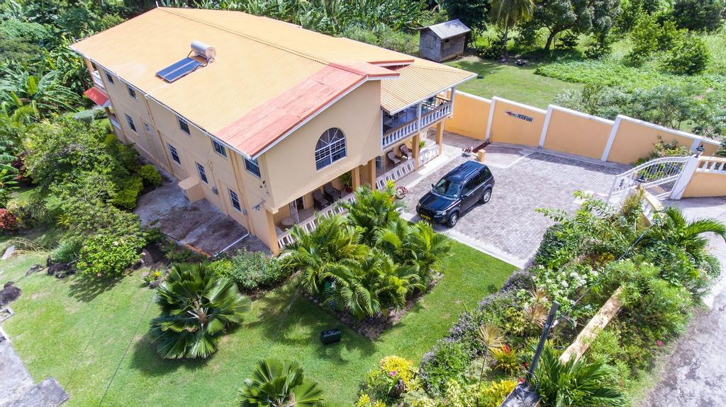 ClarenceVille Villa Apartments,