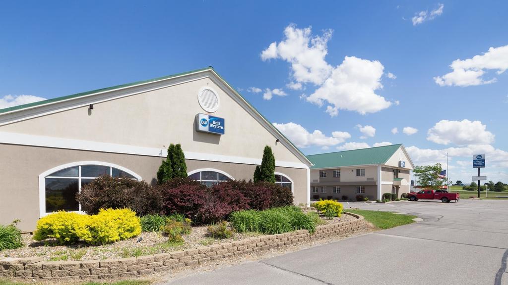 Best Western Pioneer Inn & Suites, Poweshiek