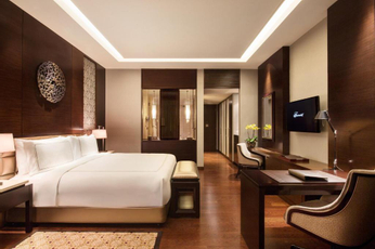 Get Inspired Now for a Later Visit (Menginap 1 Malam di Kamar Fairmont King)