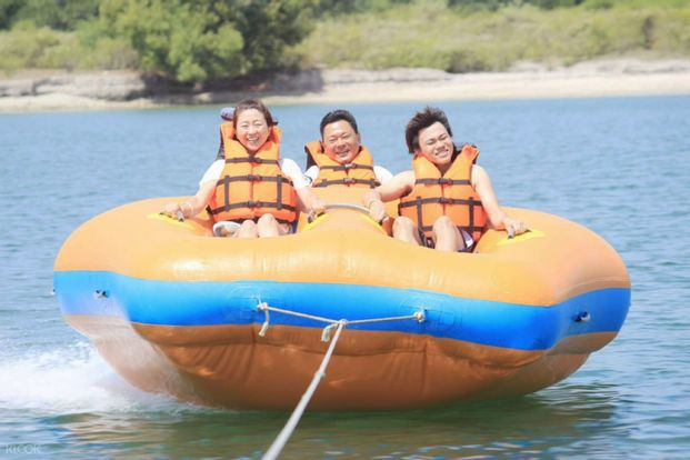 Tubing Ride by Three Island Watersport