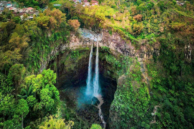 Coban Sriti and Tumpak Sewu Waterfall - 1 Day Tour From Malang