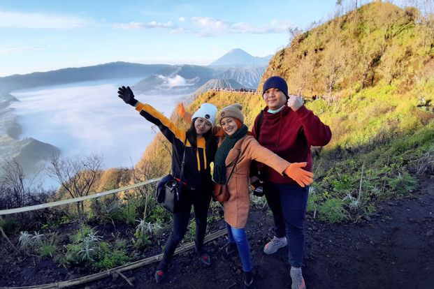 Bromo Midnight Tour - Open Trip by Sunrise Indonesia Tour Travel
