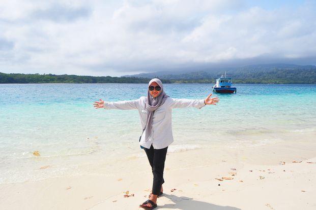 Ujung Kulon 3D2N start Serang by Anugrah Adventure