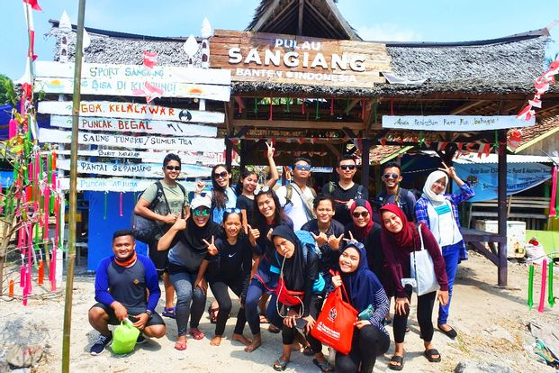 One day Tour Sangiang Start Anyer by Anugrah Adventure