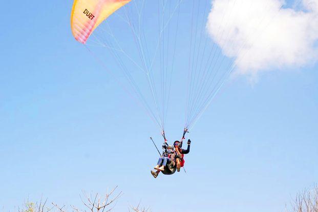 Lombok Tandem Paragliding by Anjani Tour