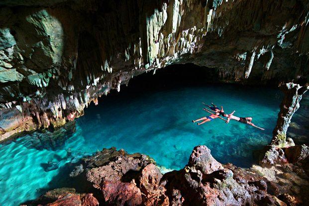 1D Tour Labuan Bajo  Rangko Cave, Sabolo Snorkeling by WeTravel