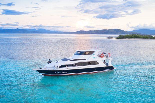 Ocean Queen 1 full day sailing labuan bajo by WeTravel