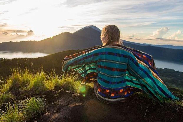 Paket sunrise trekking Gunung Batur by Ubud Sunrise Hiking
