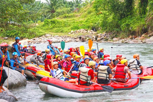 White Water Rafting Experience in Binge River