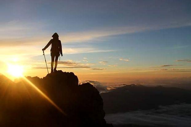 Tiket & Pemandu Mendaki Gunung Agung Via Pura Besakih by Ubud Sunrise Hiking