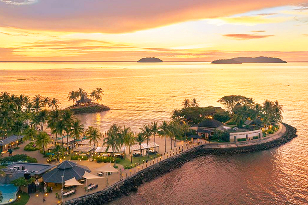 [ Exclusive] Tropical Island Adventure with Picnic Lunch by Shangri-La's Tanjung Aru Resort & Spa