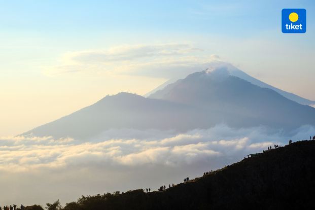 Gunung Agung Sunrise Trekking & Breakfast by Bali Sunrise Tour