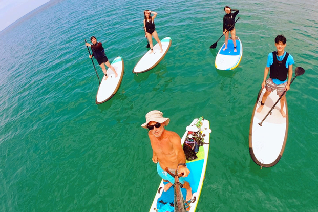 Stand Up Paddling Experience with Borneo Paddle Monkeys