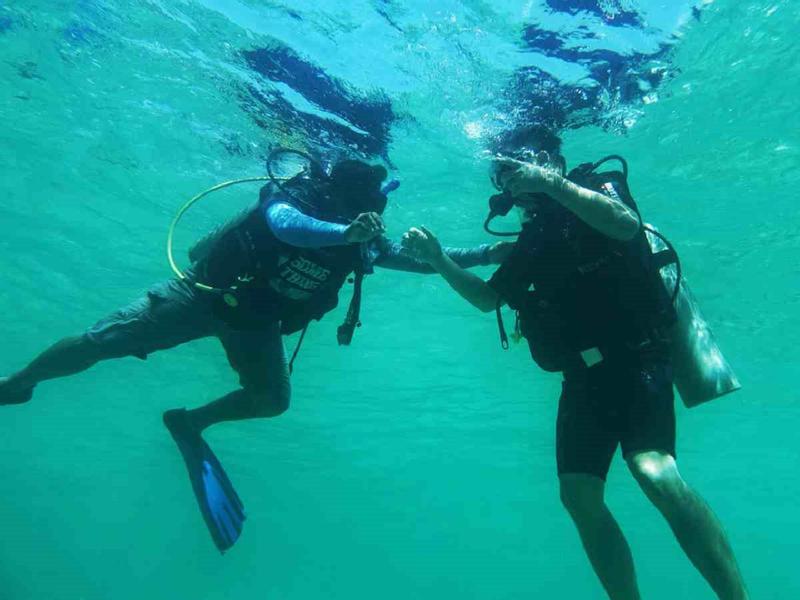 Scuba Diving di Pulau TARP - Untuk Penyelam Tidak Bersertifikat