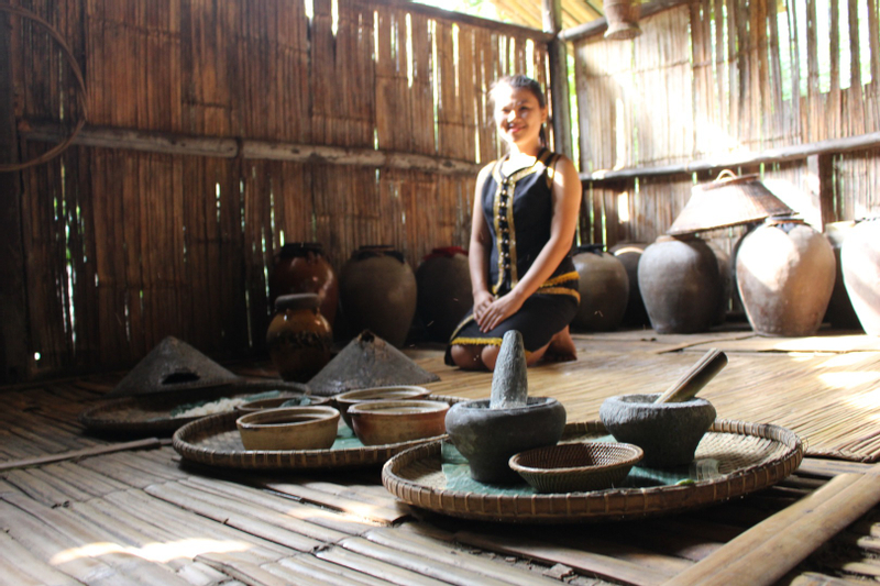 Mari Mari Cultural Village Tour with Klias River and Fireflies Cruise in Kota Kinabalu